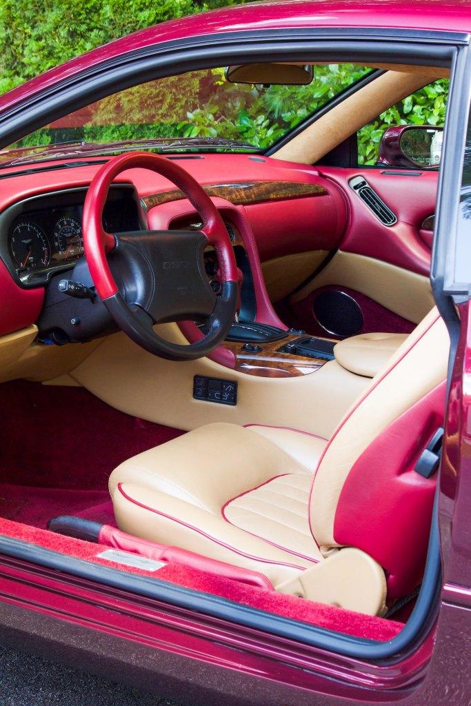 Aston Martin DB7 interior