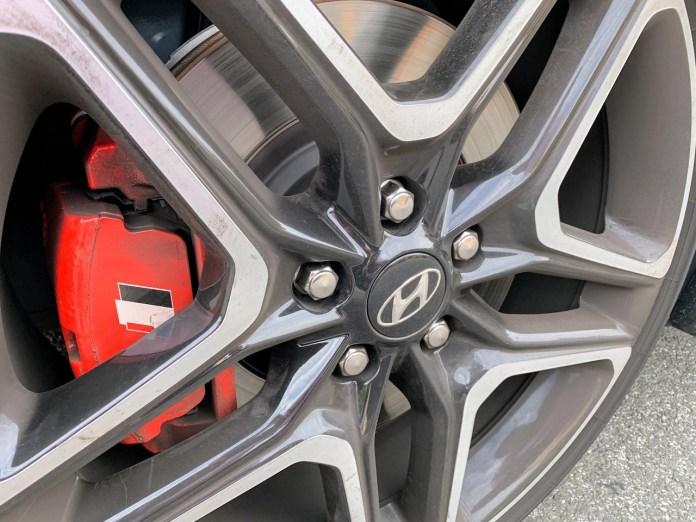 2019 Hyundai Veloster N wheel and brake