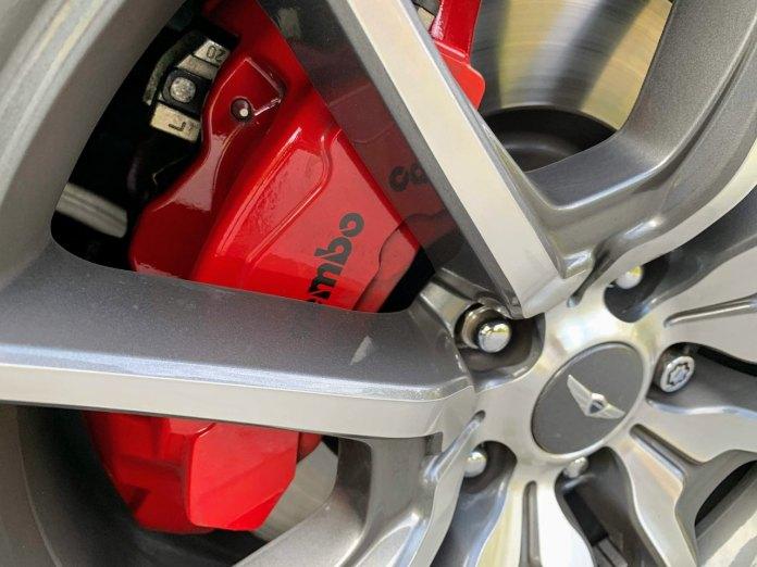 Genesis G70 Brembo brakes
