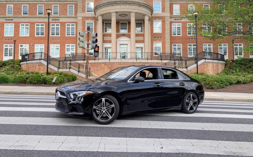 Mercedes A220 front
