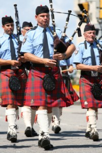 Police relate better to LGBTs in Scotland than in California