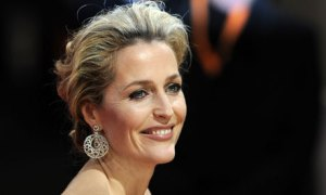 Gillian Anderson reveals relationships with women