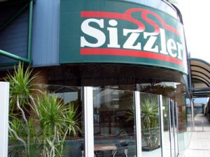 Sizzler restaurant pays up for homophobic attack