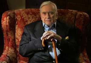 Celebrated novelist Gore Vidal dies aged 86