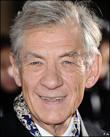 Sir Ian McKellen speaks of struggles with his sexuality