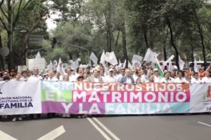 Thousands join rally against gay marriage in Mexico