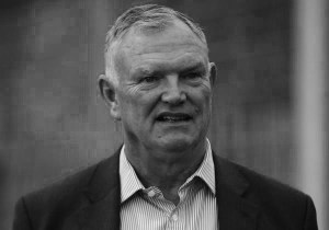 Greg Clarke suggests gay footballers come out collectively