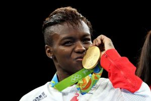 Nicola Adams to make professional boxing debut
