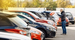 Motor trade crisis: call for car auctions to reopen.