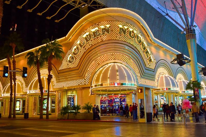 Vintage Vegas: There's Still Bling on Fremont Street!