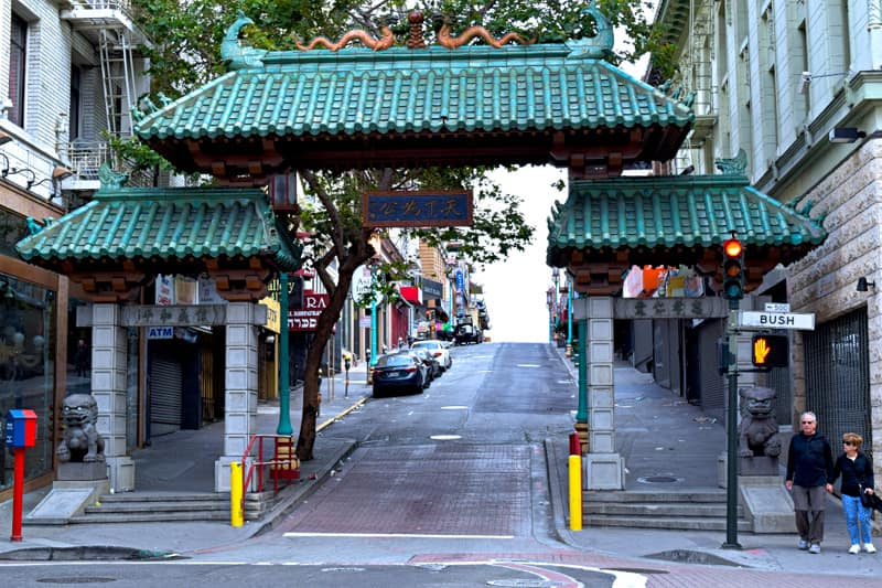 Dragon Gate Chinatown San Francisco things to do