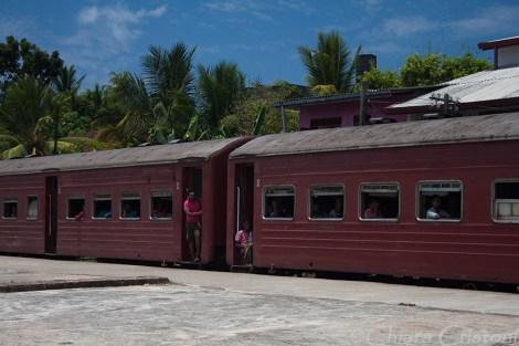 """Sri Lanka"" train journey ""Colombo to Galle"""