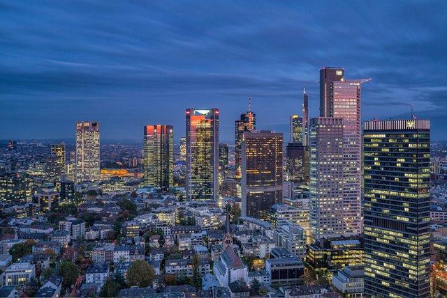 Investimentos imobiliários parados na Europa