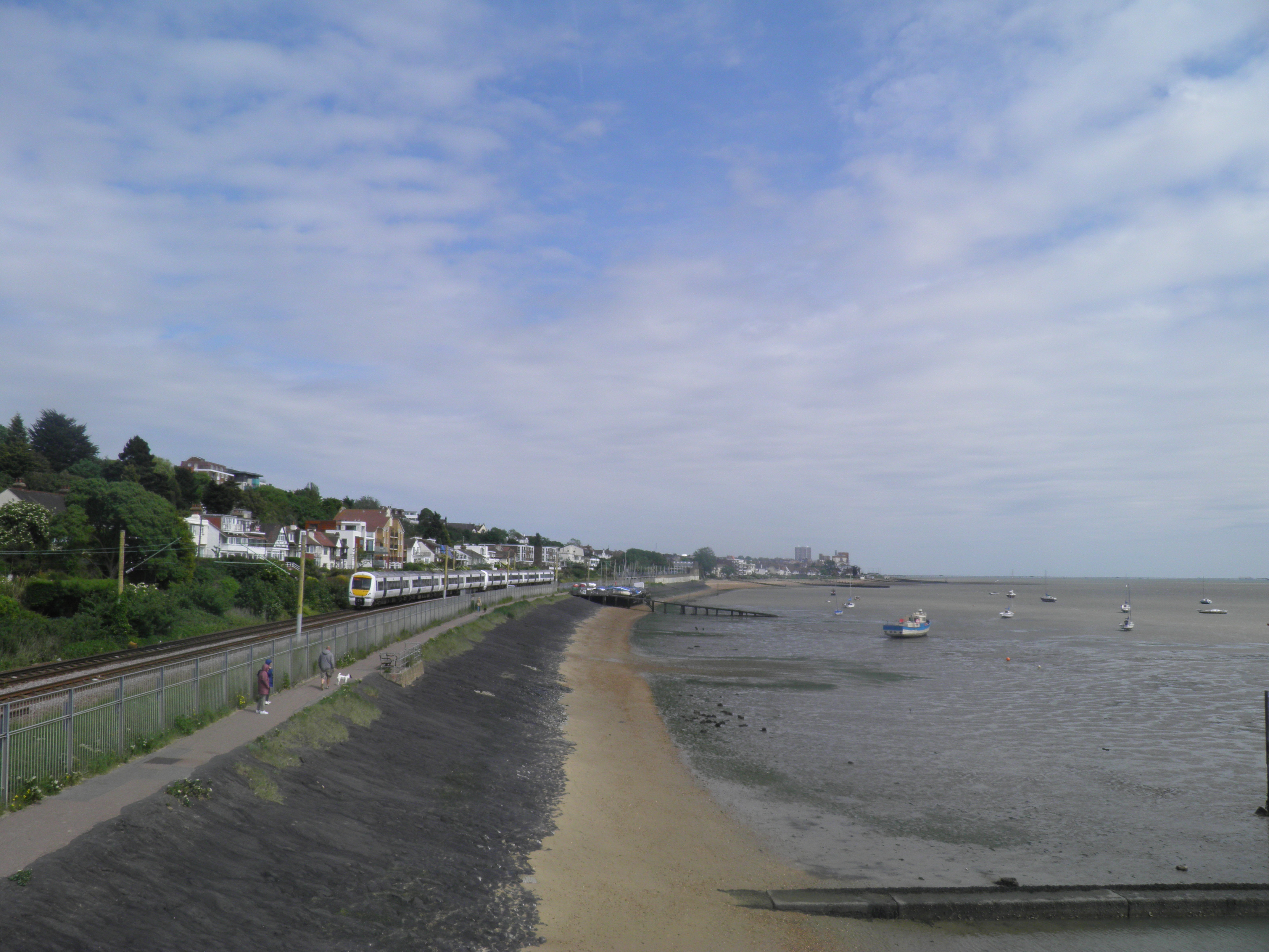Hadleigh Castle And Chalkwell Oaze Out Of The LOOP