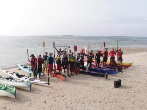 Bohol and Cebu paddlers at Sulpa Island