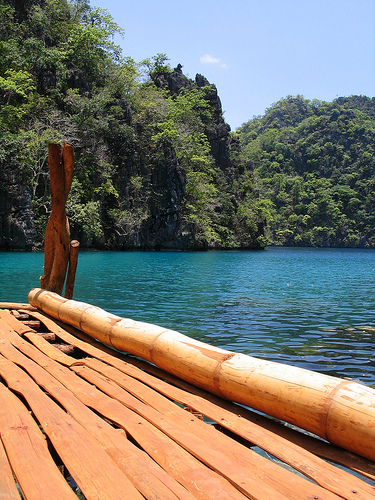 Bamboo Raft in Kayangan Lake