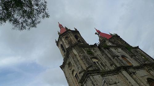old churches in iloilo
