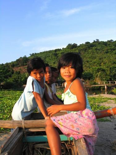 kids in babuyan island
