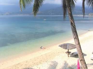 Puerto Galera White Sand Beach