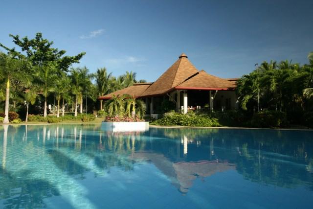 Henann Resort - Restaurant Pool View