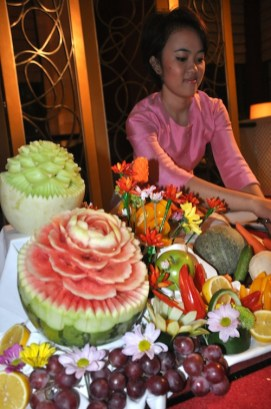 Art of Thai Fruit Carving