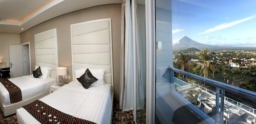legaspi city best hotel