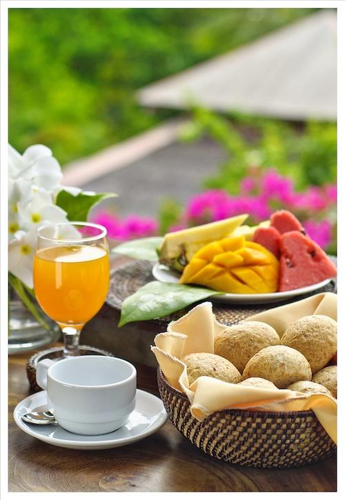 breakfast in panglao