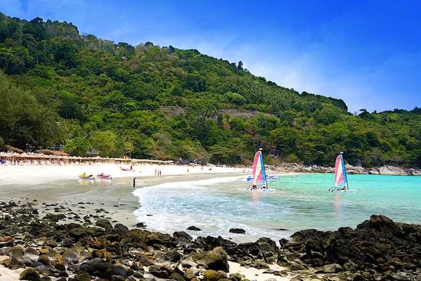 phuket thailand flights