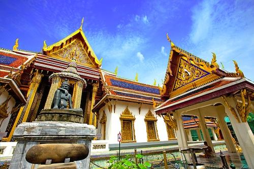 bangkok thailand palace