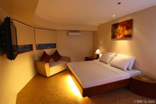 Gran Prix Hotel & Suites Cebu Grand Prix Hotel Cebu Suite Room