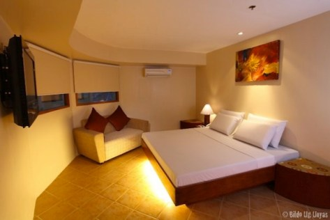 Grand Prix Hotel Cebu Suite Room
