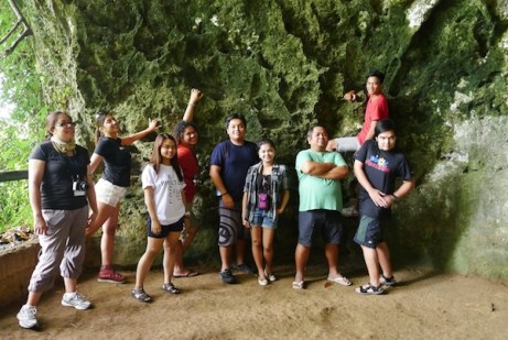 Bloggers and Travel Writers at Hoyop Hoyopan Cave