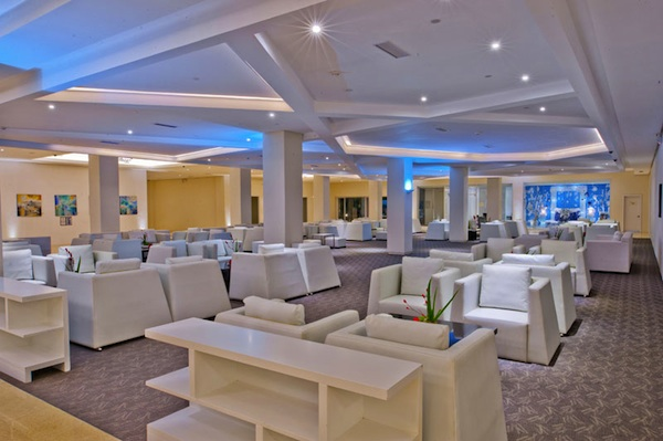 Oriental Hotel Lobby Lounge (photo by Oriental Hotel Legazpi)