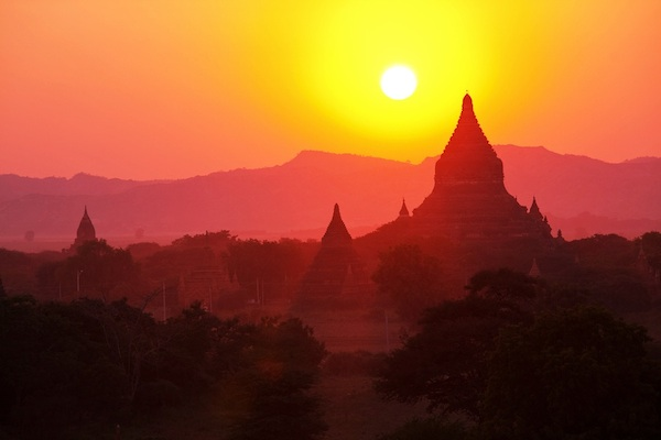 Sunrise and Sunset - Reasons to Visit Myanmar