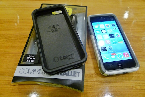 iPhone Walet Case from Otterbox