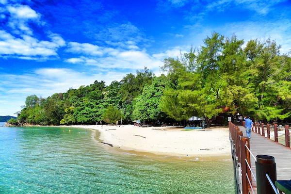 Beach Front in Manukan Island