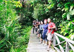 Bloggers, Media and AirAsia Zest Team heading to Niah Caves