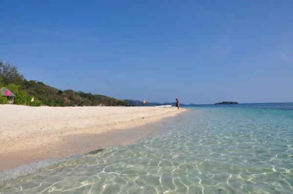 7 Cobrador Island in Romblon