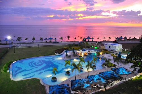 Sunset in Thunderbird Resorts La Union