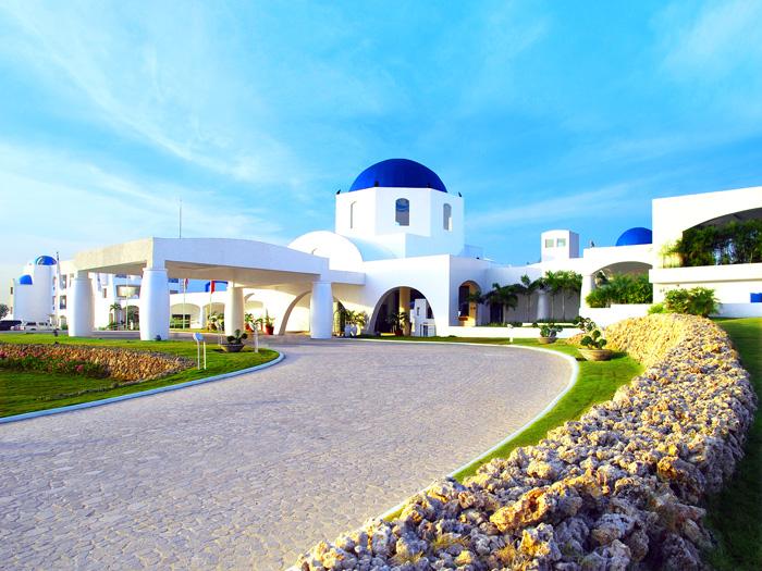 Thunderbird Resorts Poro Point Facade