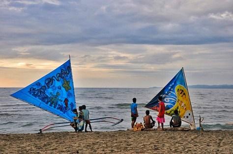 9 Colorful Paraws at Odiongan Bay Walk