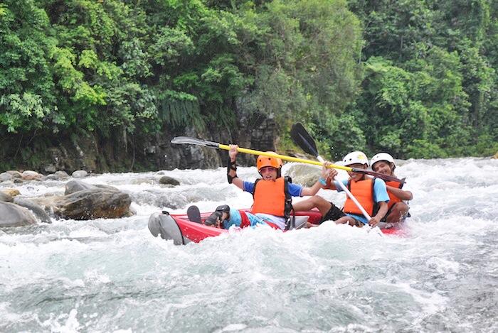 Braving the rapids in Arigoy River