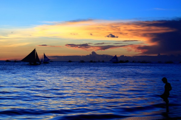 Boracay Sundown by Oman Serapio