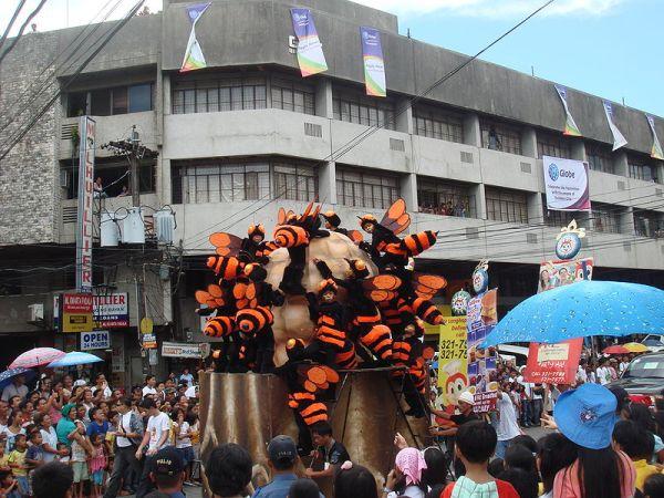 Buyogan Festival at the Pintados-Kasadyaan Festival