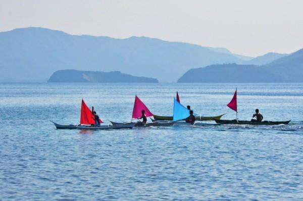 Paraw Race in Cobrador Island