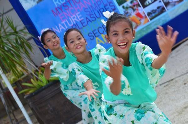 Anda Festival Dancers