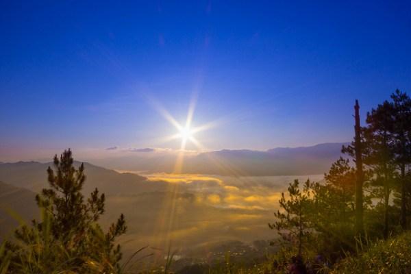 Kiltepan Sunrise by Tralphe XY