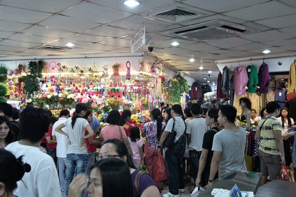 Shopping in Divisoria by Tim Albano