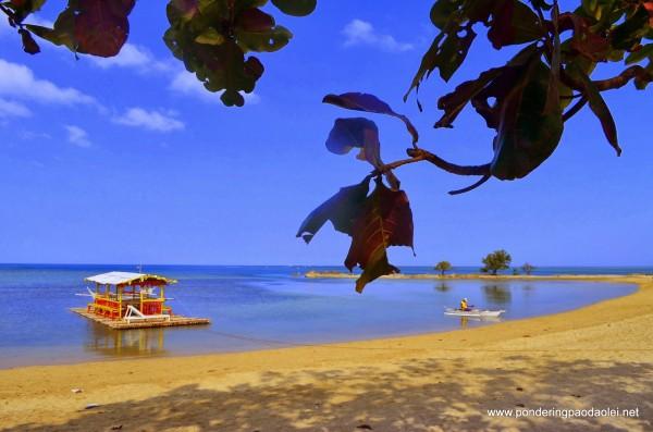 Burot Beach (photo by PonderingPaodaolei.net)