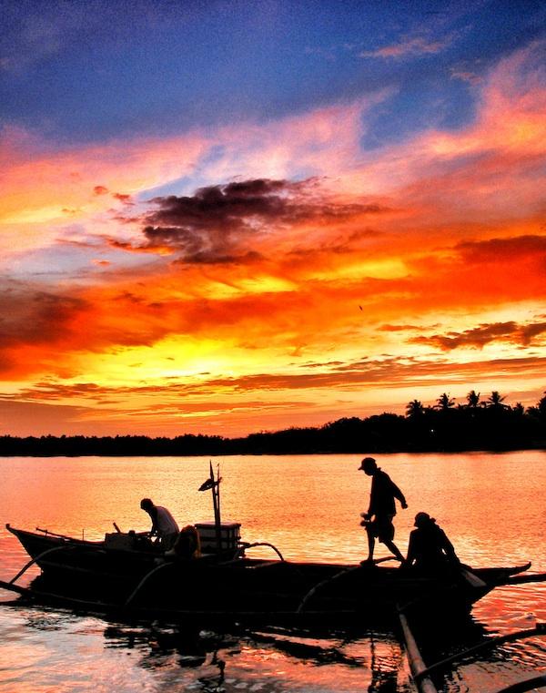Fishing in Donsol